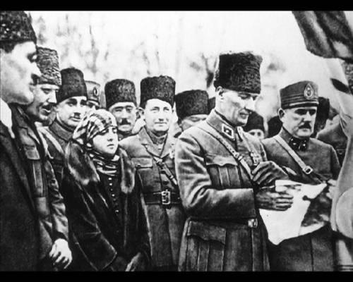 a biography of mustafa kemal atatrk Title: ataturk (1998) 76  the biography of mustafa kemal atatürk, who not only grew himself up from a poor lonely child to a country's most loved person, but .